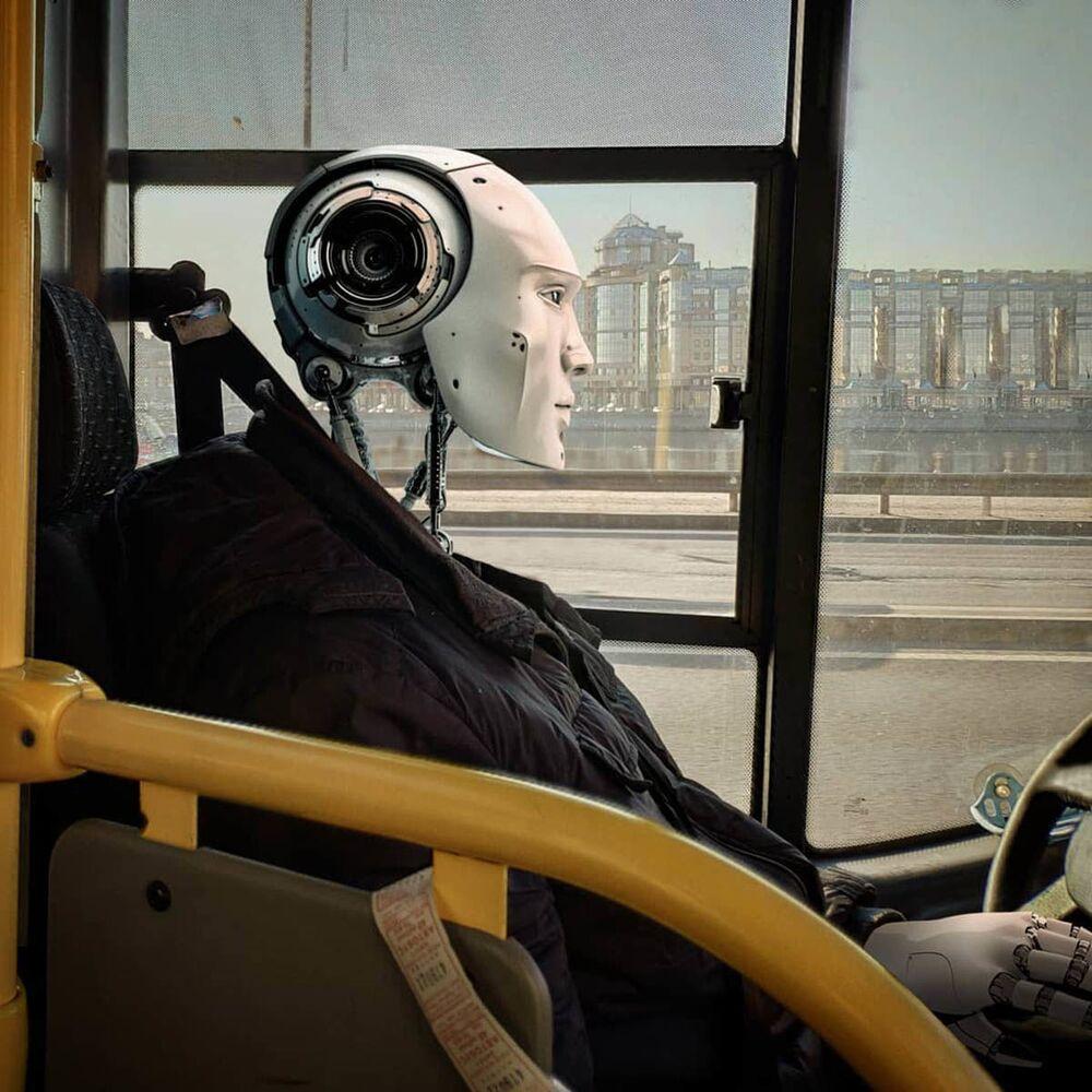 سائق آلي في مدينة سان بطرسبورغ من عمل الفنان الروسي فاديم سولوفيوف