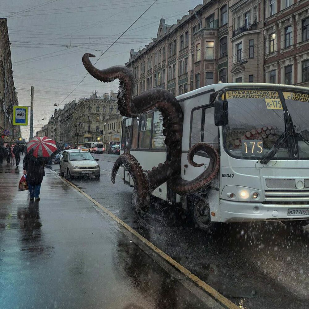 أخطبوط يركب حافلة في سان مدينة سان بطرسبورغ من عمل الفنان فاديم سولوفيوف