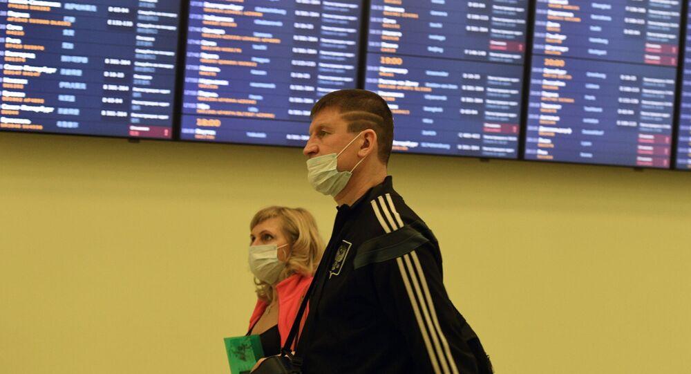 انتشار فيروس كورونا - مطار شيريميتيفو، موسكو، روسيا  13 مارس 2020