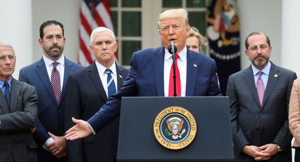 الرئيس الأمريكي، دونالد ترامب، خلال مؤتمر صحفي في البيت الأبيض، واشنطن، الولايات المتحدة، 13 مارس/ آذار 2020