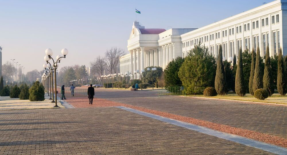 مبنى مجلس الشيوخ في ساحة الاستقلال في طشقند