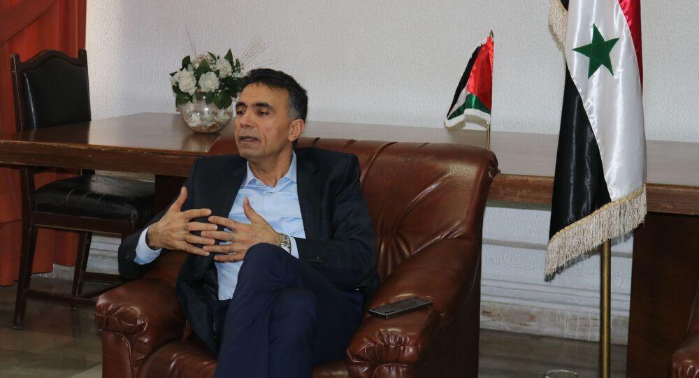 وزير التربية السوري عماد موفق العزب