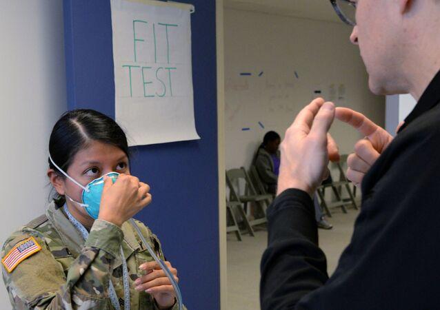 جهود مكافحة فيروس كورونا المستجد في الجيش الأمريكي