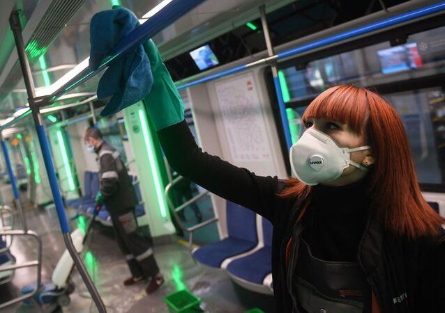 تعقيم مترو سفيبلوفو في موسكو، 17 مارس 2020