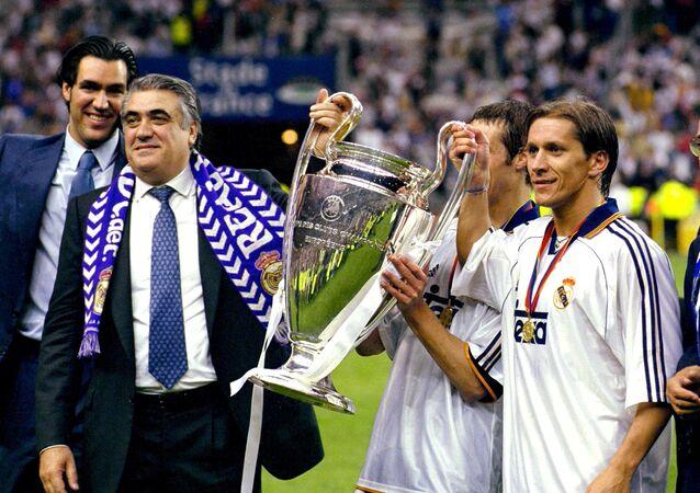 لورنزو سانز رئيس ريال مدريد الأسبق