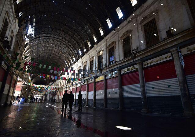 الشرطة السورية تغلق سوق الحميدية