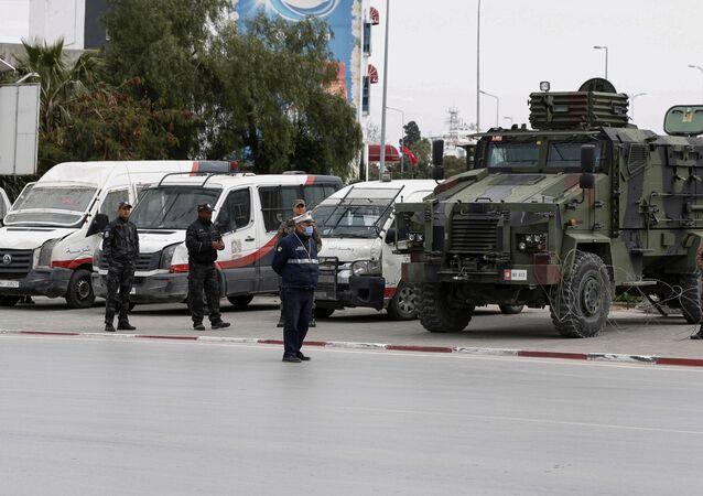 حظر التجوال في تونس