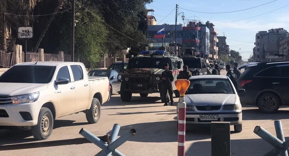 الشرطة الروسية تفض اشتباكا مسلحا بين الدفاع الوطني السوري وقسد بالقامشلي