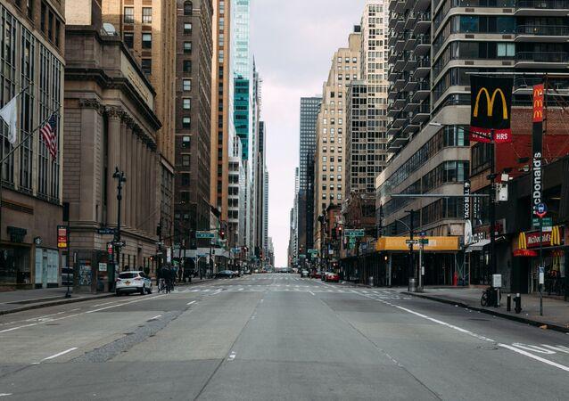 شوارع مدينة نيويورك الخالية أثناء وضع حالة الطوارئ على خلفية تفشي كورونا في البلاد، 31 مارس 2020