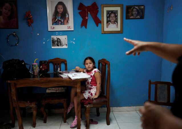 التعليم عن بعد في ظل انتشار فيروس كورونا، كوبا، أبريل 2020