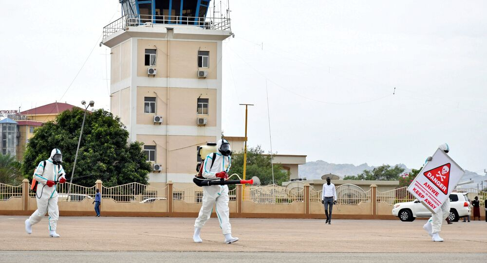 عملية تطهير وتعقيم مطار جوبا الدولي جنوب السودان كورونا