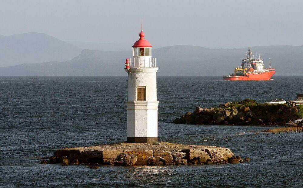 خليج آمور يعد منطقة ترفيهية شعبية في إقليم بريمورسكي كراي الروسي