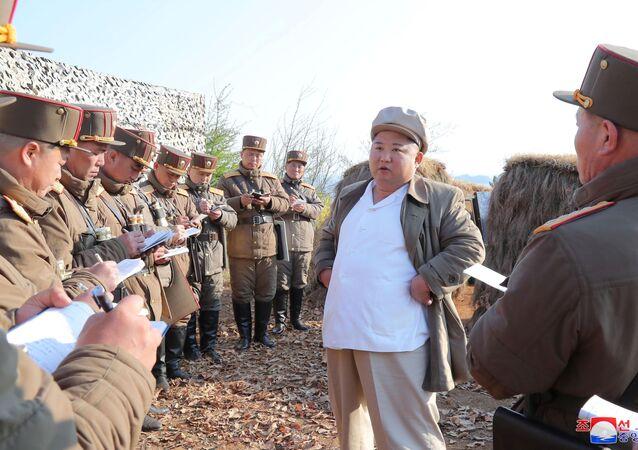 كيم جونغ أون يشرف على تدريب وحدات فرعية في الجيش الكوري الشمالي