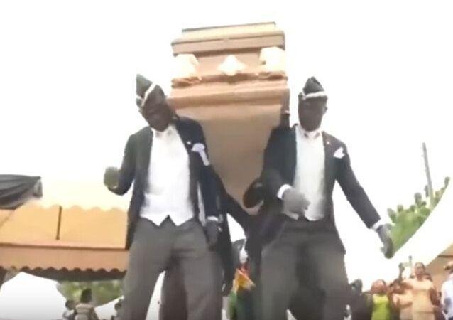 رقصة التابوت