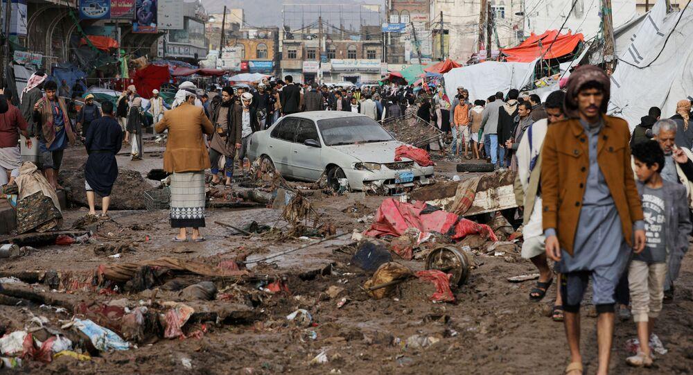 تداعيات الأمطار الغزيرة في صنعاء، اليمن 14 أبريل 2020