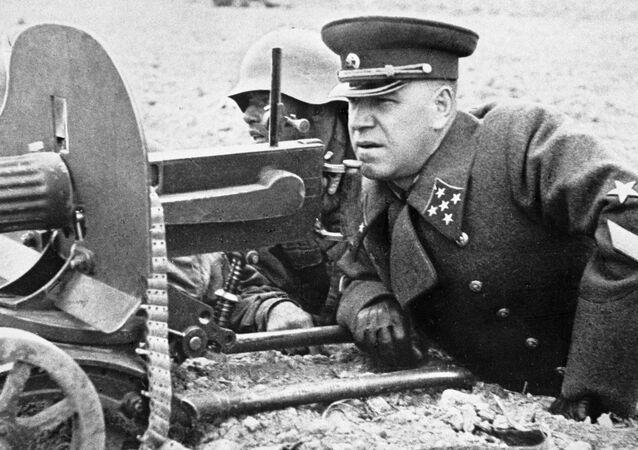 قائد الجبهة البيلاروسية الأولى، المارشال غيورغي جوكوف