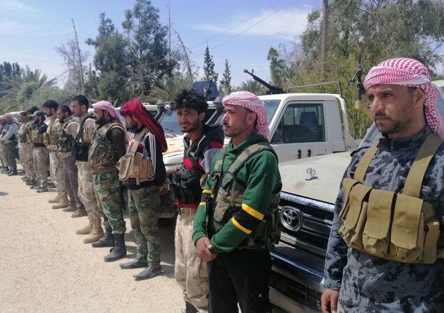 28 مسلحا ينشقون عن الجيش الأمريكي وينضمون للجيش السوري