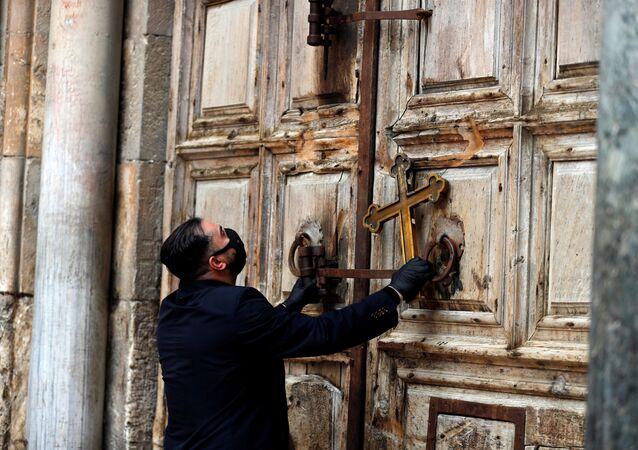 كنيسة القيامة في القدس،  17 أبريل 2020