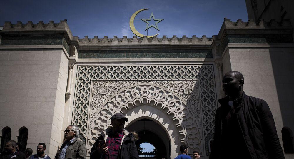 مسجد في العاصمة الفرنسية باريس