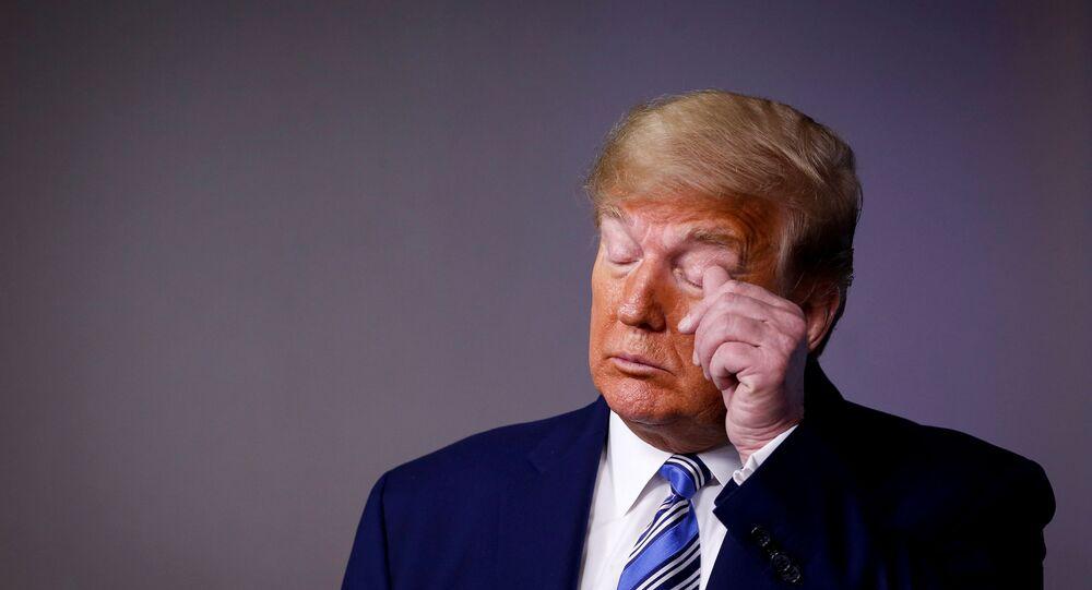 ترامب خلال مؤتمره اليومي لخلية الأزمة الأمريكية الاثنين 20 أبريل نيسان 2020