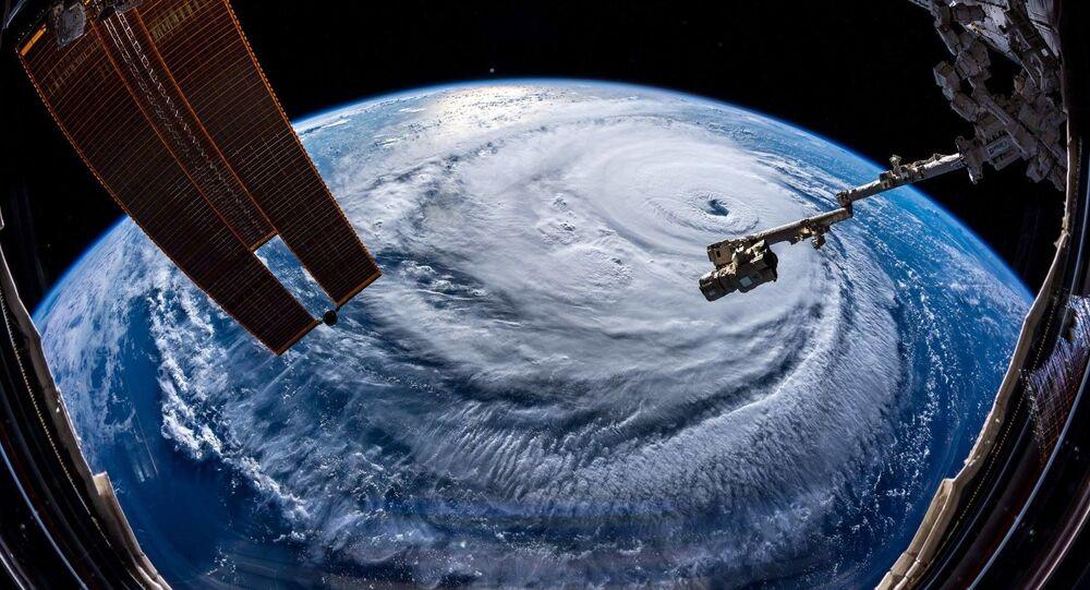 إعصار فلورنسا، تصوير رائد الفضاء الألماني ألكسندر غيرست من محطة الفضاء الدولية