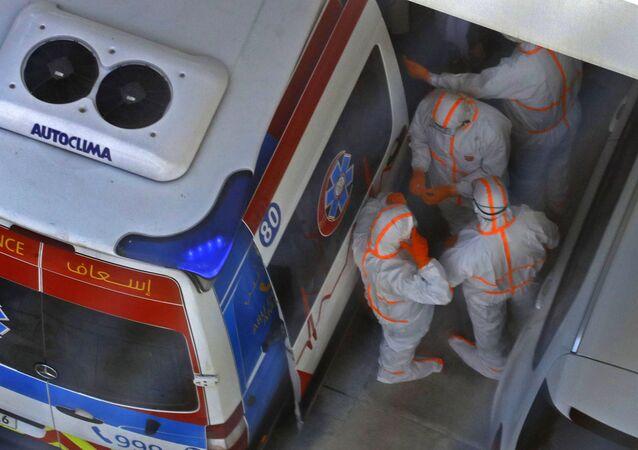 الأطباء في مواجهة أزمة كورونا في الإمارات العربية المتحدة 28 فبراير 2020