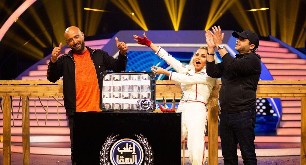 محمد هنيدي ورزان مغربي وأحمد السقا في برنامج المسابقات إغلب السقا