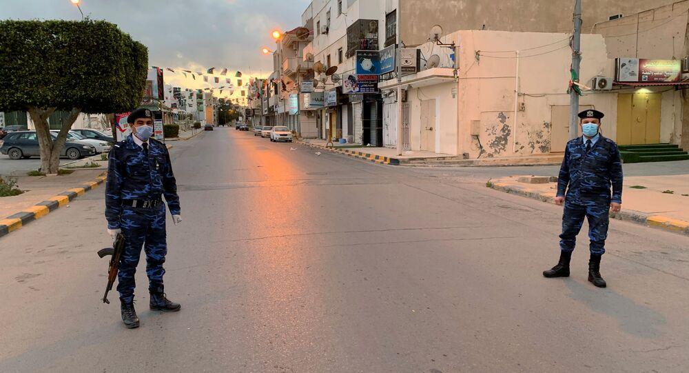 الشرطة الليبية في مصراتة، ليبيا 1 أبريل 2020