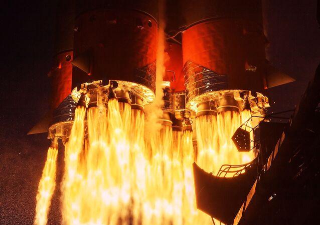 إطلاق صاروخ حامل صاروخ النصر (سويوز-2.1a) مع المركبة الفضائية سويوز-ام اس-14 من منصة الإطلاق في قاعدة بايكونور 8 أبريل 2020