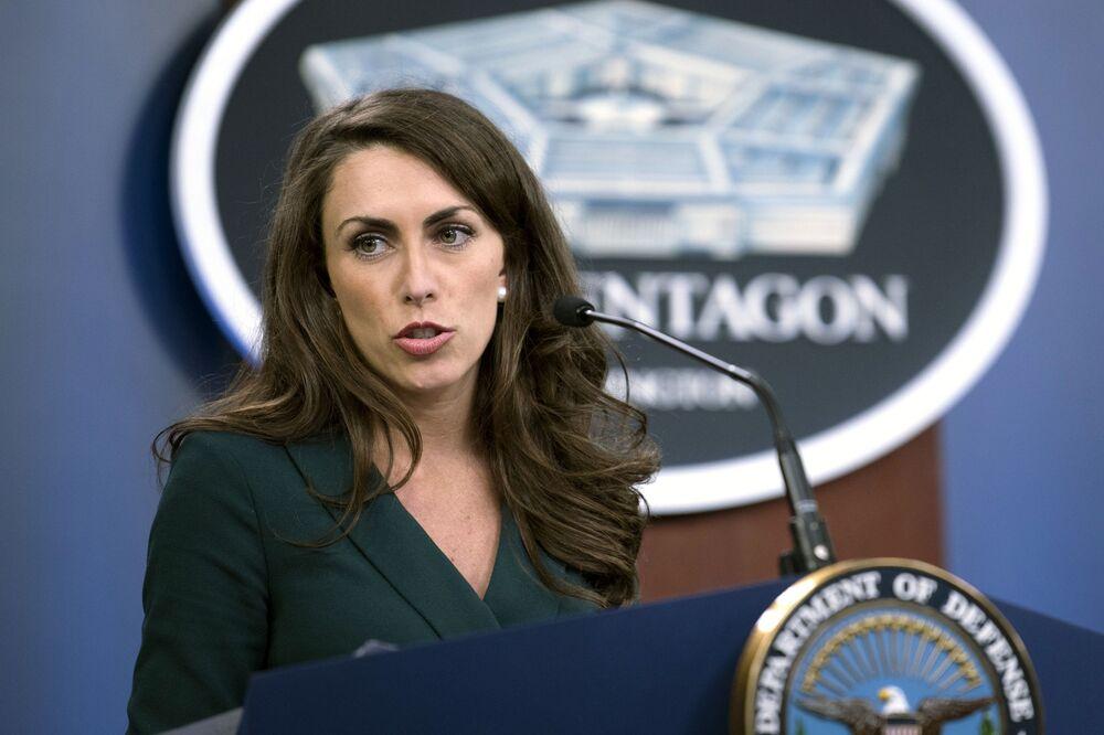 اليسا فرح، المتحدثة الرسمية باسم وزارة الدفاع الأمريكية، 25 مارس 2020