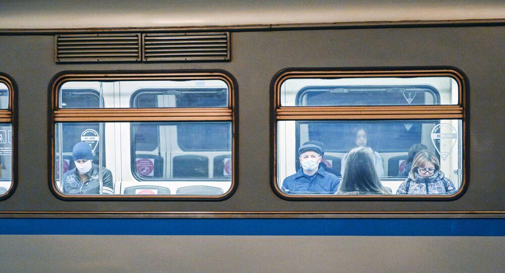 محطات مترو خلال العزل الذاتي في موسكو -  جائحة كورونا 23 أبريل 2020