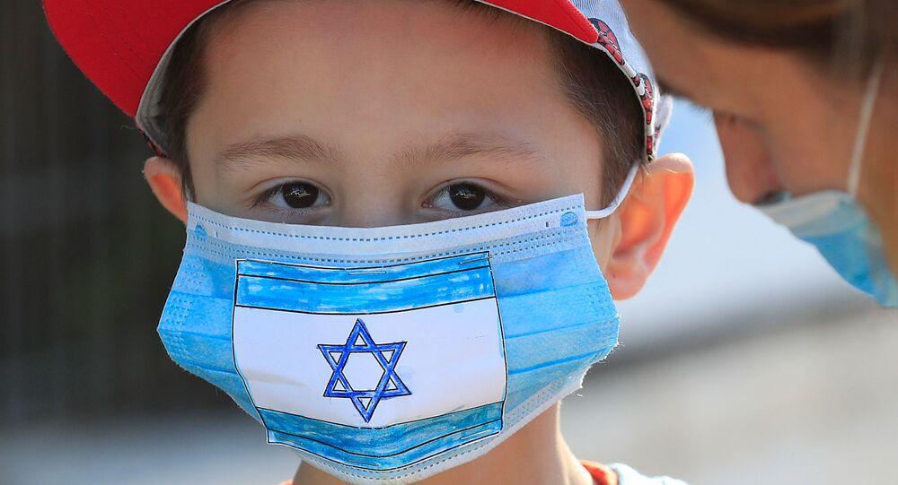 التباعد الاجتماعي بسبب انتشار الفيروس كورونا - ضواحي القدس، إسرائيل، 3 مايو 2020