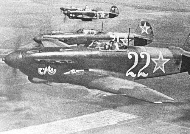 صور من أرشيف الحرب الوطنية العظمى (1941 - 1945) - طائرة ياك-9 الحربية خلال الحرب