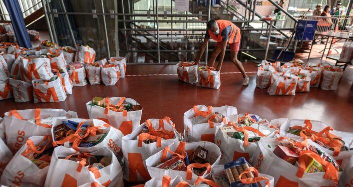توزيع المساعدات في سويسرا