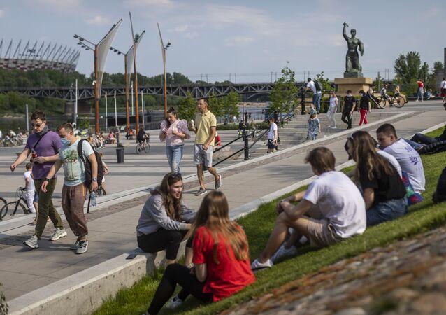 أوروبا تخرج من الحجر الصحي وتعود إلى الحياة الطبيعية - كورونا، بولندا، مايو 2020
