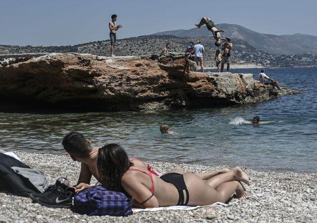 أوروبا تخرج من الحجر الصحي وتعود إلى الحياة الطبيعية - كورونا، اليونان، مايو 2020