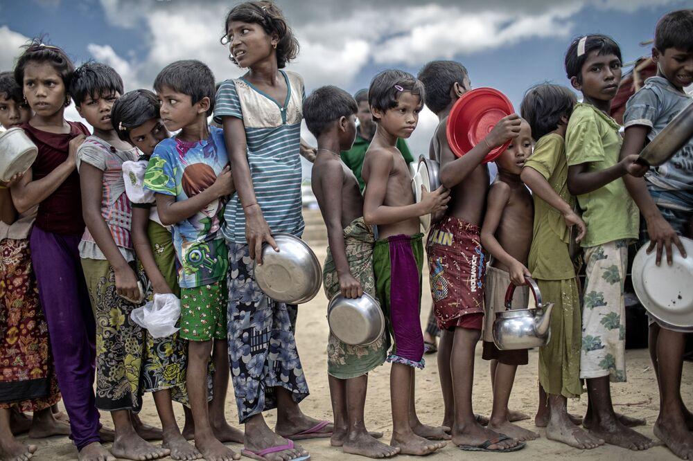 الصورة بعنوان بعد المنفى، للمصور البنغلاديشي ك. م. أسد، الفائز في  مسابقة Pink Lady® لأفضل مصور الطعام لعام 2020