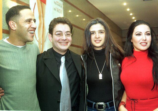 من اليمين: الفنانين المصريين سمية الخشاب وياسمين عبد العزيز وأحمد زاهر وأشرف عبد الباقي