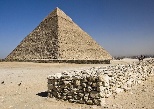 هرم خوفو في مصر