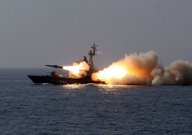 قارب صواريخ صغير مولنيا (البرق) من طراز تارانتول من المشروع 1241 (تارانتول بحسب تصنيف الناتو)