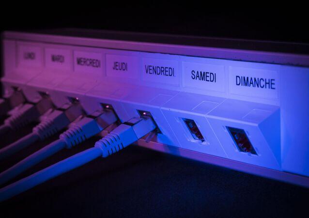 كابل انترنت