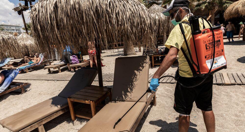 تخفيف قيود الحجر الصحي المفروضة بسبب كورونا في اليونان، افتتاح شواطئ أثينا أمام الزوار، 23 مايو 2020