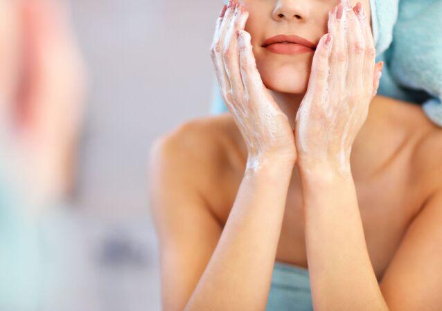غسل الوجه