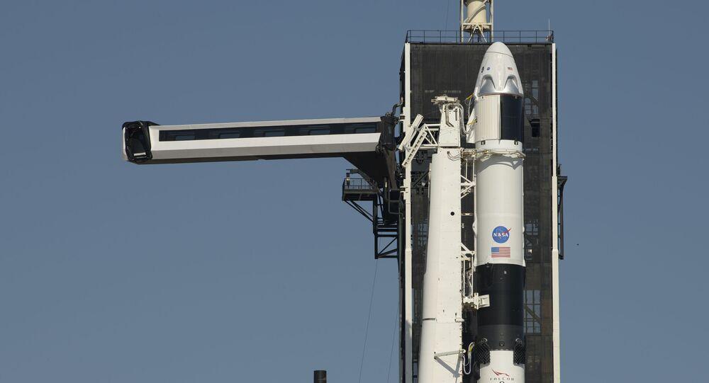 صاروخ فالكون 9 من شركة سبيس إكس