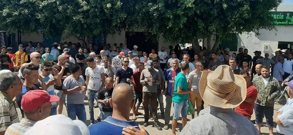 موجة احتجاجات في تونس للمطالبة بالتنمية والتشغيل وتوفير الأمن.