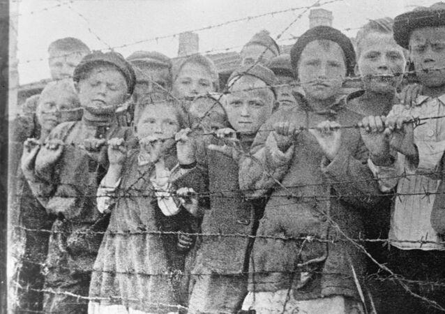 الحرب العالمية الثانية أطفال في معتقل نازي