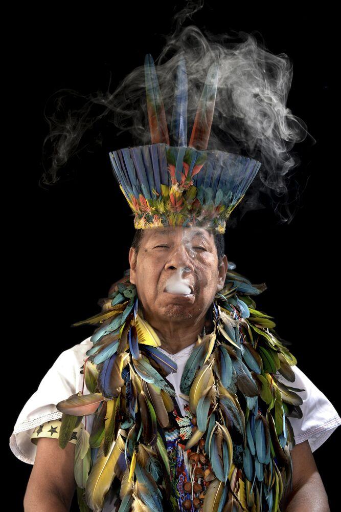 صورة بعنوان ما بعد الطب في بوغوتا، كولومبيا، للمصور دانيال فرنانديز، ضمن القائمة القصيرة من مسابقة التصوير صورة الإنسانية لعام 2020