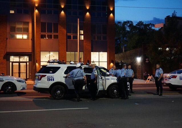 احتجاجات «جورج فلويد» في فيلادلفيا، بنسلفانيا، الشرطة الأمريكية، الولايات المتحدة 3 يونيو 2020
