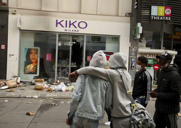 أعمال شغب في بروكسل