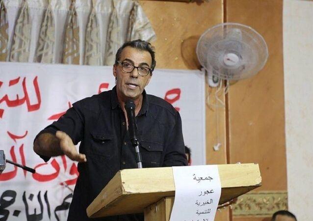 الأديب أحمد أبو سليم